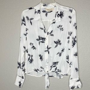 Cloth & Stone Palm Print Back White Tie Front Top